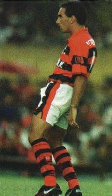 edmundo-Flamengo-homenagem-torcida-do-VAsco