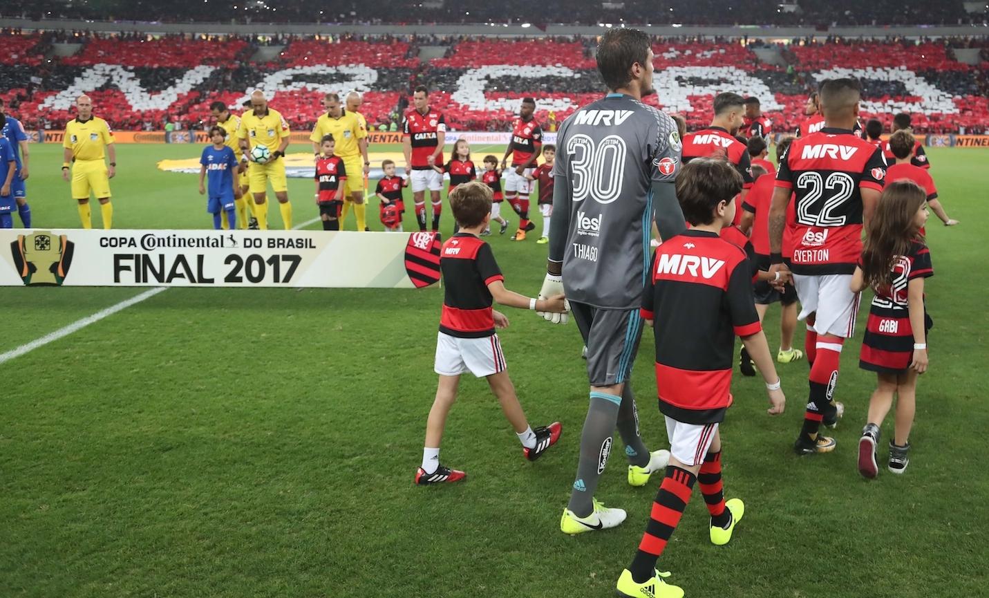 Flamengo x Cruzeiro no Maracanã, no feriado do dia 7 de setembro de 2017. Foto: Gilvan de Souza/Divulgação