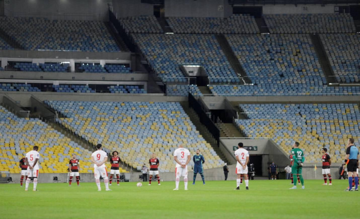 Estádio vazio Form